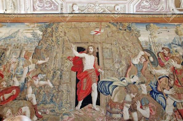 13936886-resurrection-of-christ-tapestry-in-vatican-museum